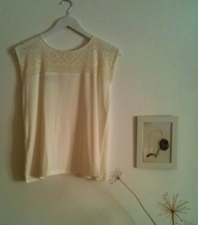 Camiseta encaje Lace Shirt 38€