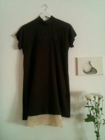Vestido Cuello alto Long neck dress 75€
