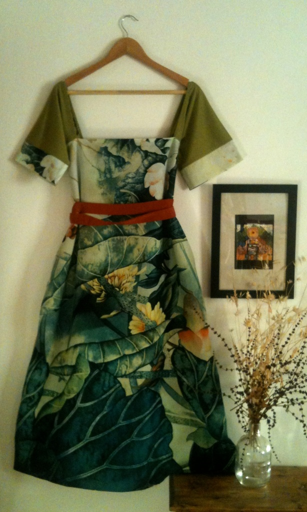 Vestido bodegón Still life dress 105€